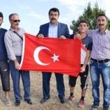 Boyabatlı Kürt Vatandaşlardan PKK'ya Türk Bayraklı Tepki