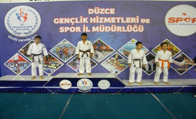 judo%20orhan%20(2)%2009-29-2015