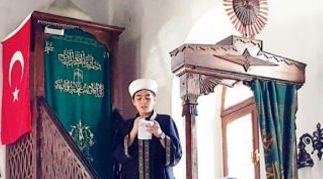 cumayi_liseli_imam_kildirdi_h13245