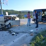 Boyabat- Hanönü Yolunda Otomobille Minibüs Çarpıştı , 4 Yaralı…..