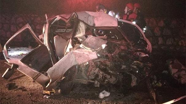 Vezirköprü- Sinop Yolunda Feci Trafik Kazası, 1 Çocuk 2 Ölü, 2 Yaralı….