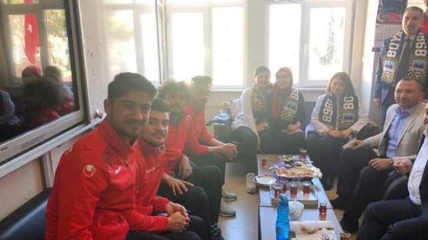 Sinop Amatör Liginde Şampiyonluğa Emin Adımlarla İlerleyen Boyabat 1868 Futbol Takımı Bir Dizi Ziyaretler Gerçekleştirdi….