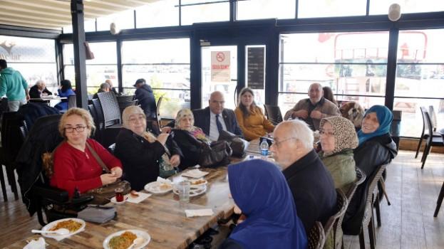 Yaşlı Vatandaşlar Bir Araya Geldi…
