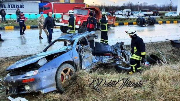 Feci Trafik Kazası , 3 Ölü, 2 Yaralı….