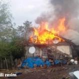 92 Yaşındaki Yaşlı Adam , Evini Ateşe Verdi….
