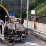 Tünel Çıkışında Otomobil Takla Attı…