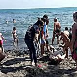 Sinop'ta Karakum Pilajında Denize Giren Bulgar Asıllı Vatandaş, Boğulmaktan Son Anda Cankurtaran Sayesinde Kurtarıldı.!