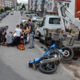 Kamyonetle Motosiklet Çarpıştı, 1 Yaralı….