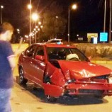 Kavşakta İki Otomobil Çarpıştı, 1 Yaralı…