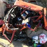 Yol kenarında mola veren aileye otomobil çarptı: 1 ölü 10 yaralı…