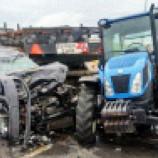 """""""Sinop'ta Otomobil Traktörle Çarpıştı, 4 Kişi Yaralandı""""…."""