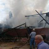 Saraydüzü Uluköyde Ev Yangını, Boyabat İtfaiyesi Müdahale Ediyor…