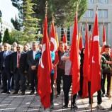 Boyabat'ta Cumhuriyet Bayramı Coşkusu Çelenk Sunma Töreni İle Başladı….