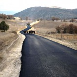 """Boyabat Köylerinde """"SICAK"""" Asfalt Çalışması Devam Ediyor…"""
