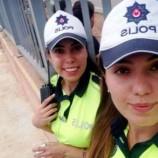 """Trabzon Trafiği """"Sinoplu"""" Polis Kız Kardeşlere Emanet…"""