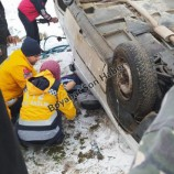 Boyabat Sanayi Kavşağında Otomobil Takla Attı, 1 Yaralı…