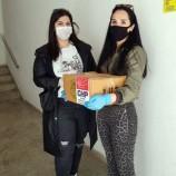 CHP Gençlik Kolları Koli Koli, Kapı Kapı Erzak Dağıtıyor…