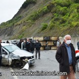 Kamyonet ile otomobil çarpıştı: 3 yaralı …