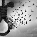 Arzu Aytan Yazdı; Deli Kendini Asmış…