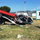 Boyabat Sanayi Kavşağında Otomobil Takla Attı, 2 Yaralı…