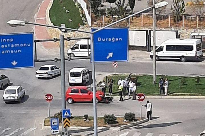 Saraydüzü Kavşağında Trafik Kazası