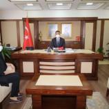 Tek kadın muhtardan Vali Karaömeroğlu'na ziyaret
