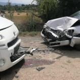 İki Otomobil Köy Yoluna Sığmadı, İki Yaralı…