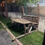 Boyabat Çamlıca Mahallesine Park Oturakları Parçalara Ayrılmış Bulundu…