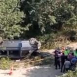Sarımsak İşçilerini Taşıyan Minibüs Devrildi, Bir Bayan İşçi Öldü, 8 Yaralı…