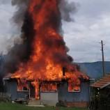 Elektrik kontağı bir aileyi daha evsiz bıraktı…