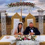 Düğünde Takılan Takıları Afet Bölgesine Bağışladılar…