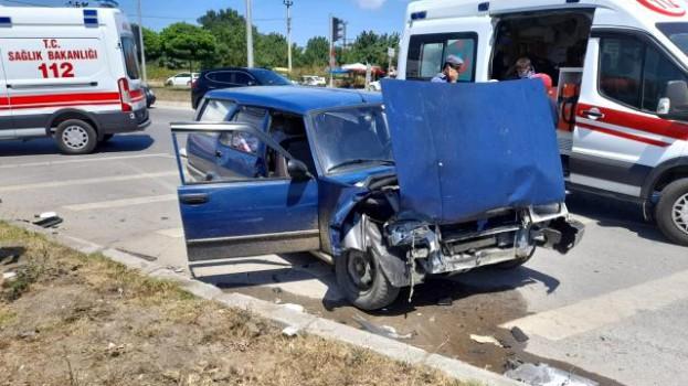SİNOP Yolunda İki otomobil çarpıştı: 7 yaralı