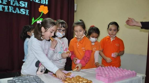 Öğrenciler Mevlid- İ Nebevi Haftasını Kutladılar…